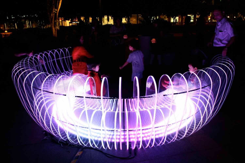 المان های نوری را چگونه در شهر پیاده سازی کنیم؟