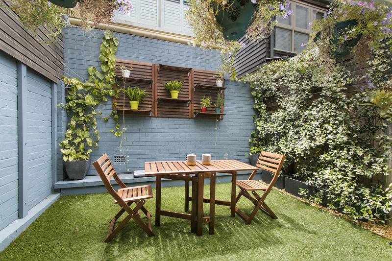 فضای سبز حیاط خلوت