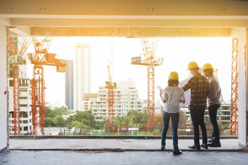 مشاور ساختمانی کیست و چرا وجود آن در پروژه به نفع کارفرما است؟
