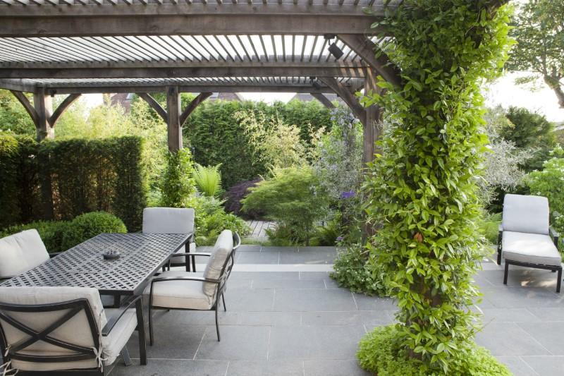 نقش فضای سبز در محوطه سازی باغ